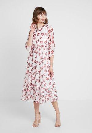 YASMIRABEL DRESS - Maxi šaty - star white/mirabel