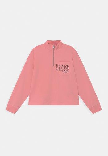 MINI MONOGRAM MOCK NECK - Sweatshirt - soft berry