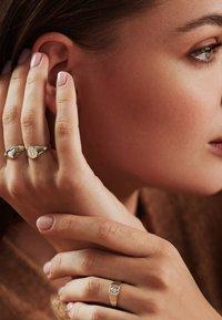 Isabel Bernard - Ring - weißgold - 3