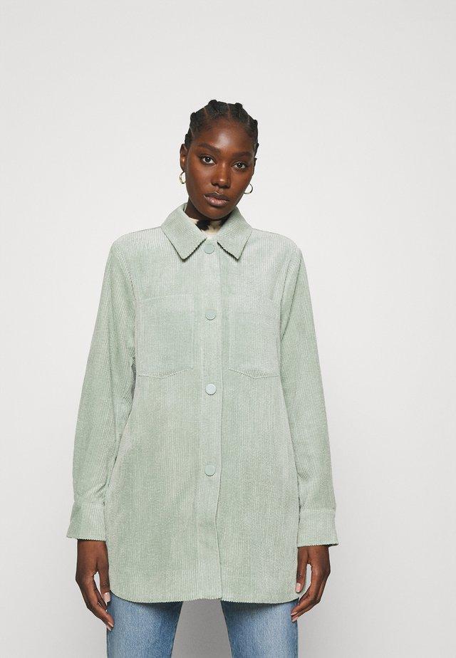 BOYAS - Overhemdblouse - green milieu