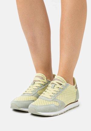 YDUN - Sneakers laag - desert sage/lemongrass