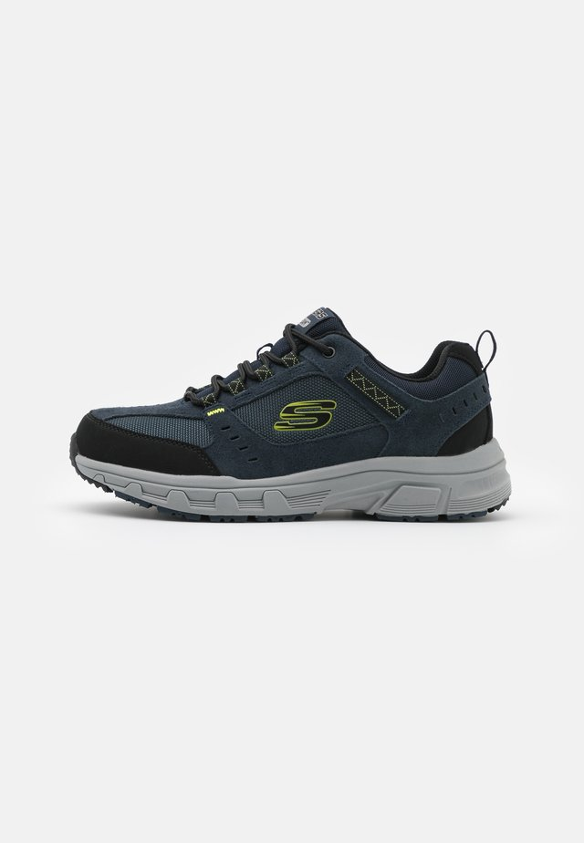 OAK CANYON - Sneakers laag - navy/lime