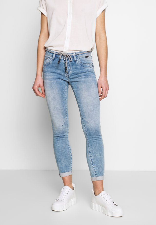 LEXY - Jeans Skinny Fit - light blue