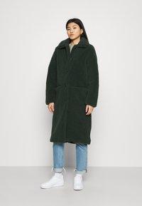 Another-Label - MOUSSY COAT - Zimní kabát - sycamore green - 0