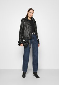 ARKET - Straight leg jeans - blue dark - 1