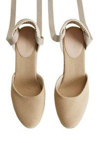 Mango - High heels - ecru - 4