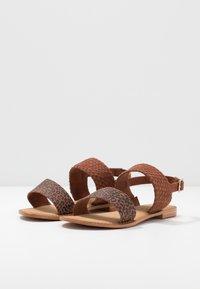 Vero Moda Wide Fit - VMPINOTA WIDE FIT  - Sandales - brown - 4