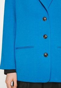 Gestuz - LINDA - Blazer - french blue - 4