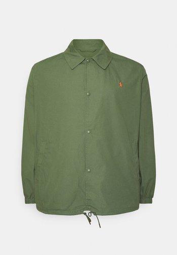 COACH'S JACKET - Summer jacket - olive