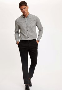 DeFacto - Formal shirt - grey - 1