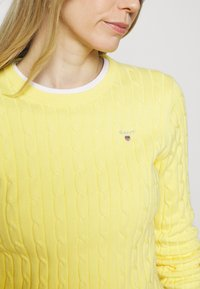 GANT - CABLE CREW NECK - Jumper - brimstone yellow - 5