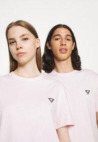YOURTURN - UNISEX - Basic T-shirt - pink - 3