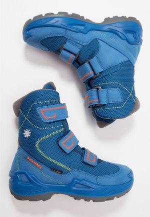 MILO GTX - Winter boots - blue/orange