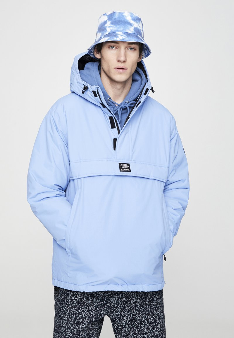 PULL&BEAR - Windbreaker - blue