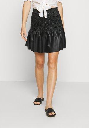 CHARLOTTA SKIRT - Leather skirt - black