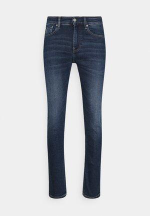 Slim fit jeans - denim medium