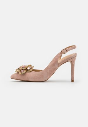 Pumps - old pink
