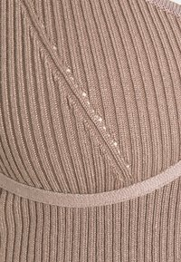 Missguided - STRAPPY BUST DETAIL CROP TOP - Top - mocha - 2