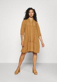 Zizzi - MAUSTIN KNEE DRESS - Day dress - chipmunk - 0