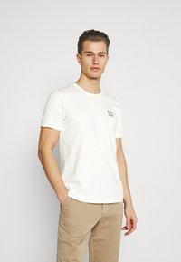 Marc O'Polo DENIM - SMALL CHEST LOGO 2 PACK - Basic T-shirt - scandinavian white/scandinavi - 2