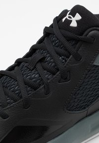 Under Armour - LOCKDOWN 5 - Basketball shoes - black - 5