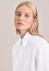 Seidensticker - Button-down blouse - weiss - 2