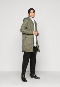 Noisy May Petite - NMFALCON LONG JACKET - Winter coat - dusty olive - 1