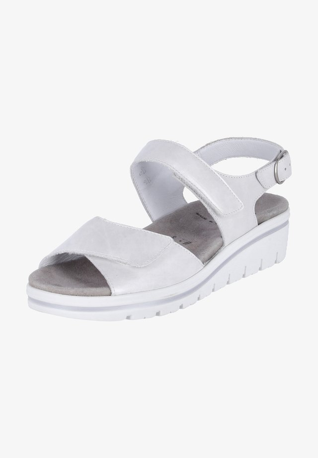 DORIS - Wedge sandals - weiß