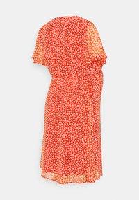 Anna Field MAMA - Denní šaty - red/white - 1