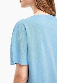 s.Oliver - Basic T-shirt - light blue - 4