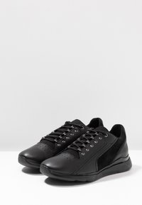 Geox - HIVER - Trainers - black - 4