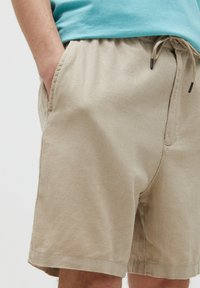 PULL&BEAR - Shorts - beige - 4