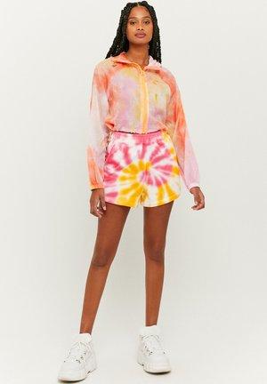 Light jacket - multicolor