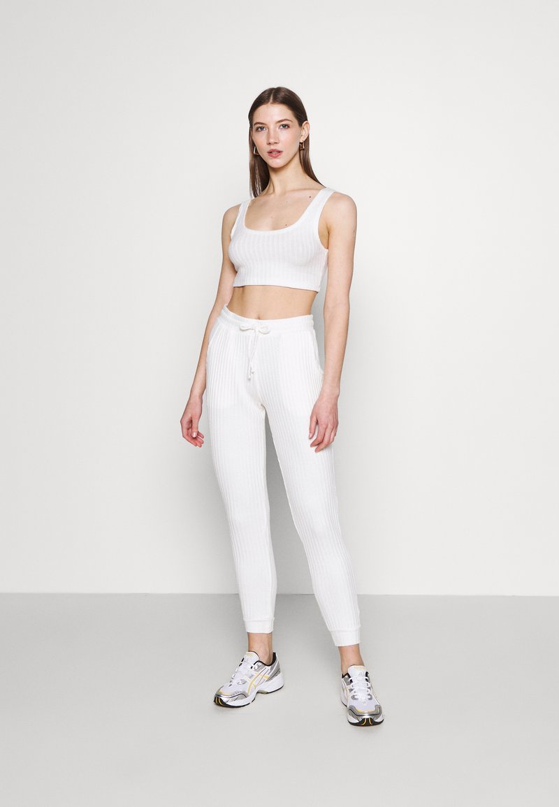 Topshop - COSY BRUSHED SET - Tracksuit bottoms - winter white