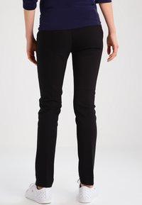 LOVE2WAIT - Pantalon classique - black - 2