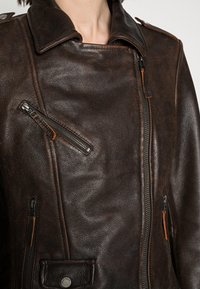 Freaky Nation - BESTIE - Leather jacket - antique brown - 4
