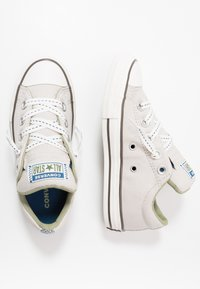Converse - CHUCK TAYLOR ALL STAR STREET - Trainers - pale putty/street sage - 0