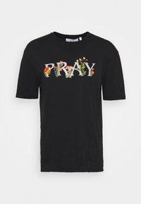 MEADOW UNISEX - Print T-shirt - black wash