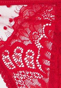 Ann Summers - THE BOUDOIR BABYDOLL - Pyjama set - red - 2