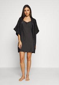 Marks & Spencer London - CHEMISE SPOT CHEMIS - Noční košile - black - 1