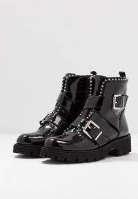 Steve Madden - HOOFY - Cowboy/biker ankle boot - black - 4