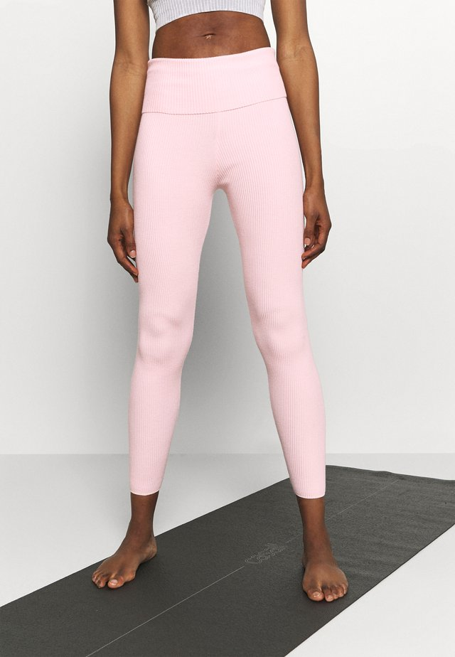 Legginsy - light pink