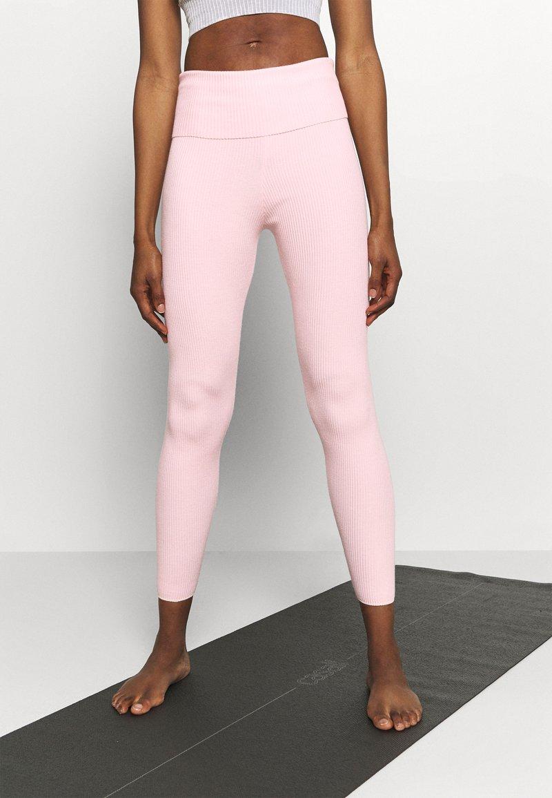 Capezio - Punčochy - light pink