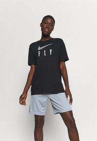 Nike Performance - DRY FLY TEE - Print T-shirt - black - 0
