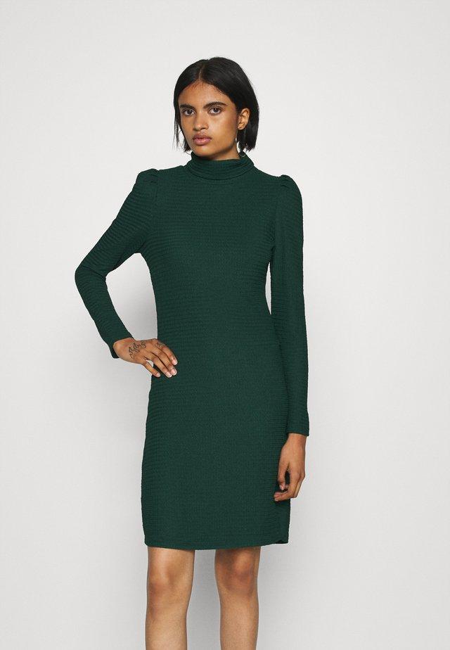 VMFLEUR SHORT DRESS  - Jersey dress - pine grove