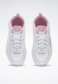 Reebok - SPRINTER  - Chaussures de running neutres - white - 2