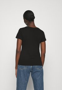 Calvin Klein - SLIM FIT 2 PACK - Print T-shirt - black/black - 3