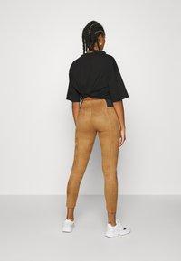 Vero Moda - VMCAVA - Leggings - tobacco brown - 2