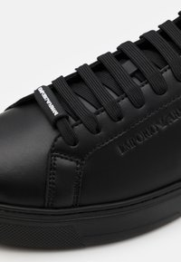 Emporio Armani - Sneakersy niskie - black - 5
