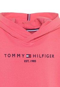 Tommy Hilfiger - ESSENTIAL HOODED  - Mikina skapucí - pink - 2